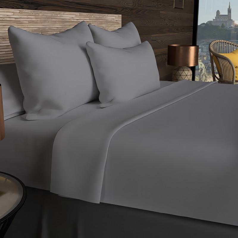 rideau oeillet brod en coton 135x250 cm boudoir violet linge et maison. Black Bedroom Furniture Sets. Home Design Ideas